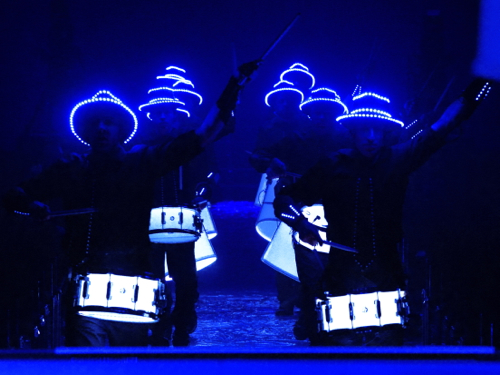LED DRUMMERS! The new premium show by SANOSTRA
