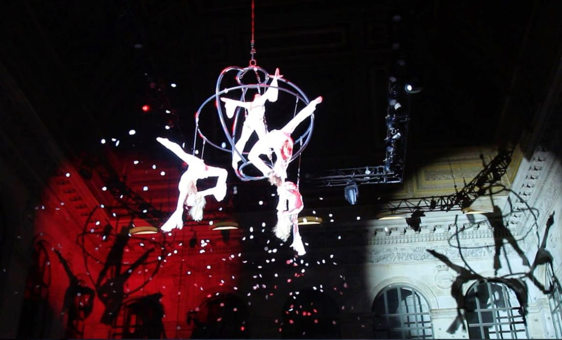 SANOSTRA's Flying Globe in Paris